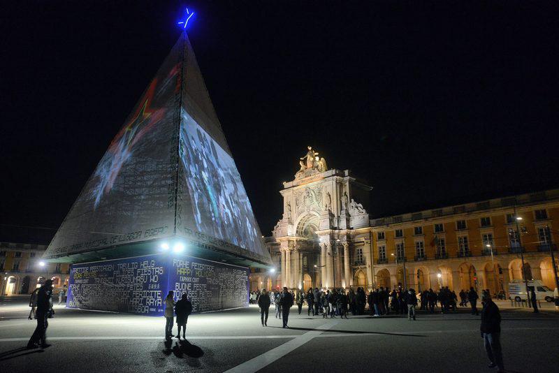decoracao de interiores caldas da rainha: das Iluminações de Natal, no dia 1º de Dezembro, ao fazer acionar o