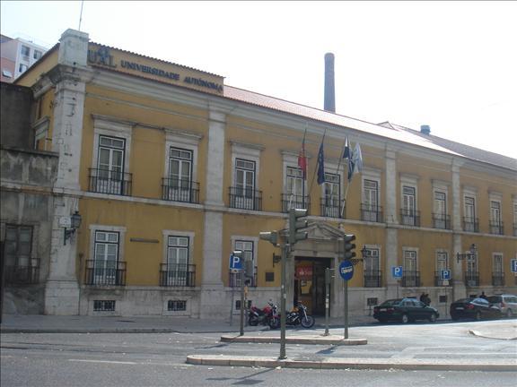 Luis de Camoes universidade